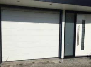 Voorbeeld-sectionale-garagedeur